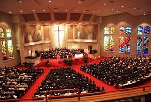 "Chapel remains ""first choice"" for commencement"