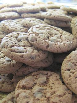 chocolate chip cookies_edited