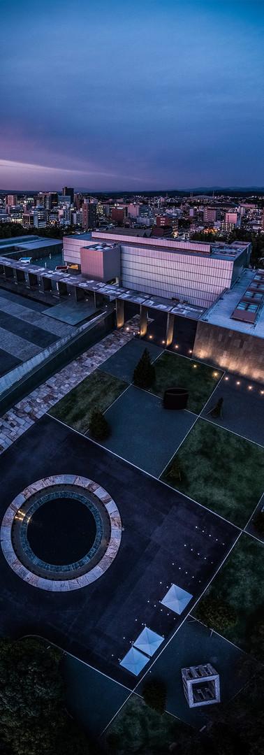 豊田市美術館オフィシャル