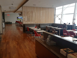 Air Canada Maple Leaf Lounge - Montreal International