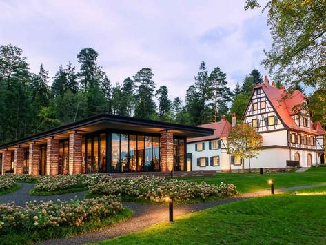 Restaurant Villa Rene Lalique-2 Star Michelin Restaurant , in Wingen-sur-Moder FR