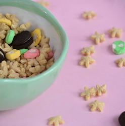Bowls Milk & Flakes