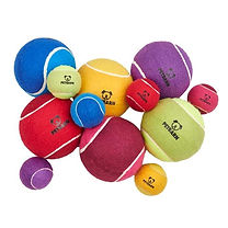 petbarn-tennis-balls-large-and-small-7x7
