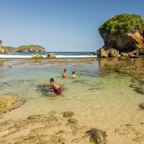 Berbeda! 5 Pantai Gunungkidul yang dilirik Wisatawan!