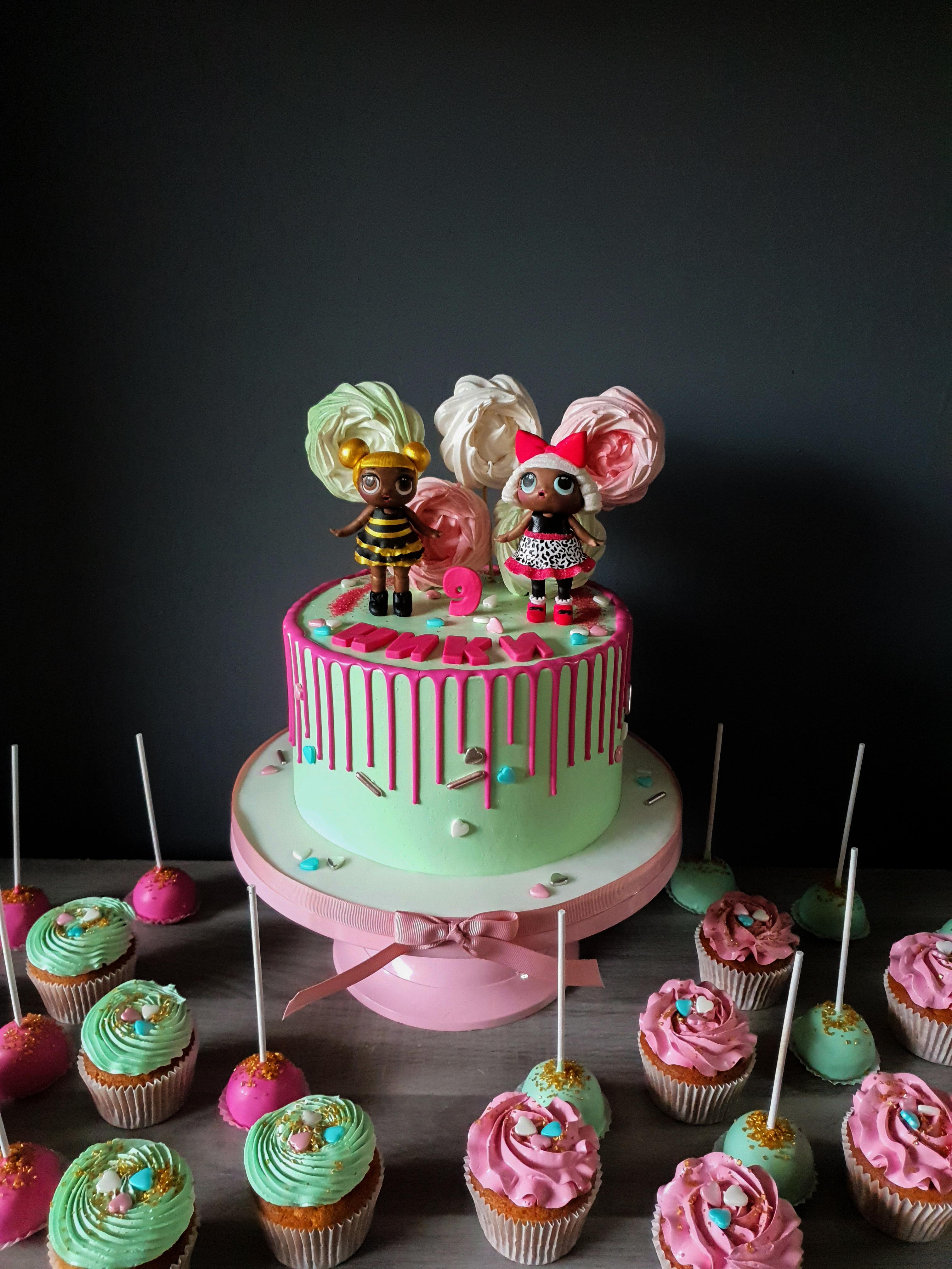 LOL Doll drip cake v.2.0