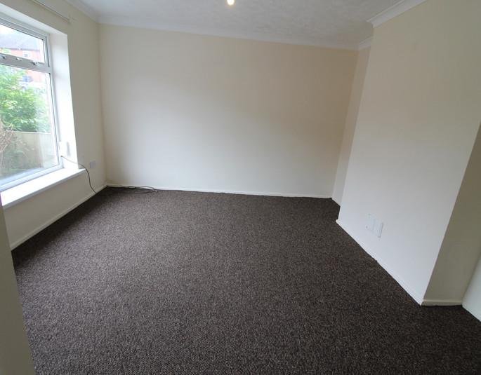 Z-Living Room1.JPG