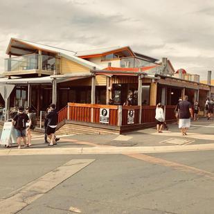 12 Rocks Beach Bar & Cafe
