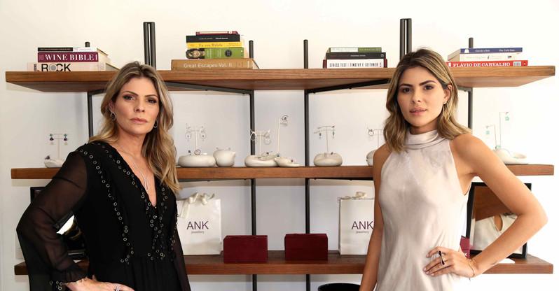 Karina Raposo e Ana Karolina