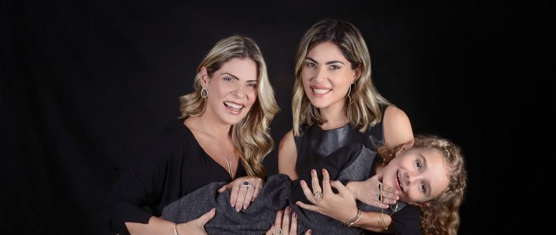 Karina, Ana Karolina e Angelina