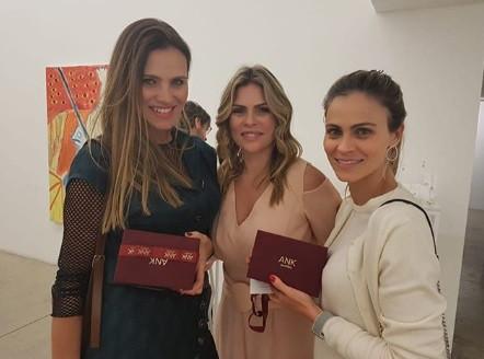 Maythe Birman, Karina e Ana Garcia.jpg