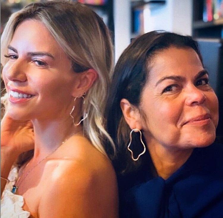 Renata de Abreu e Daniela Falcão
