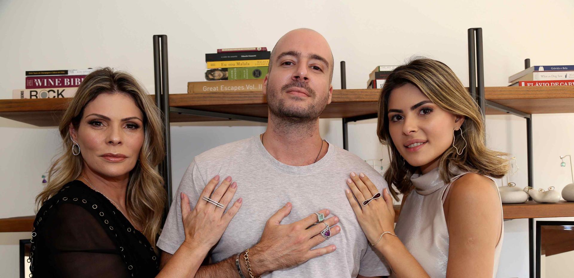 Karina Raposo, Luiz Mazzilli e Ana Karolina