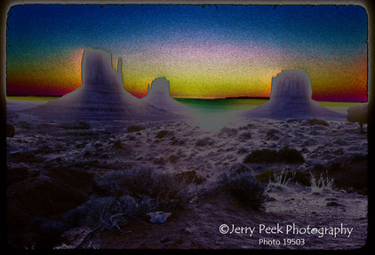 Monument Valley: Mitten Glow  (edited color)