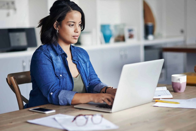 How Long Should I Wait to Follow Up After an Interview?