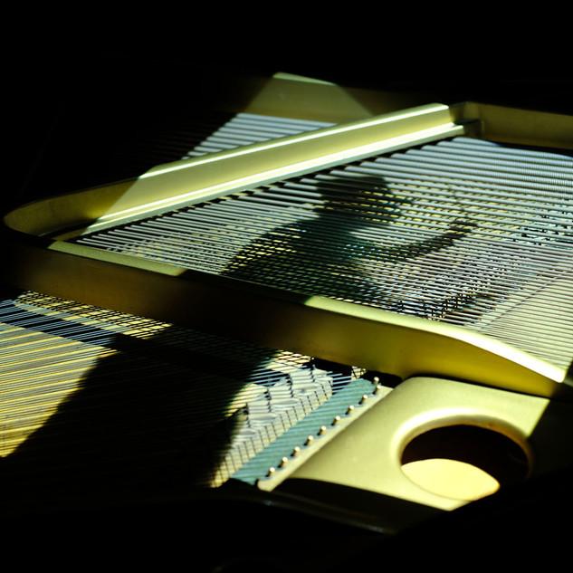 17-pianosilhouette.jpg