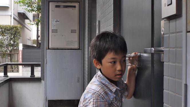 11-cam1-Clip-230-20-boy-20at-20door-.jpg