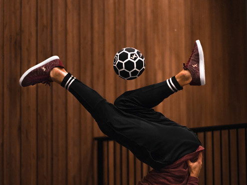 The Explore II Burgundy Knit freestyle and street football shoes