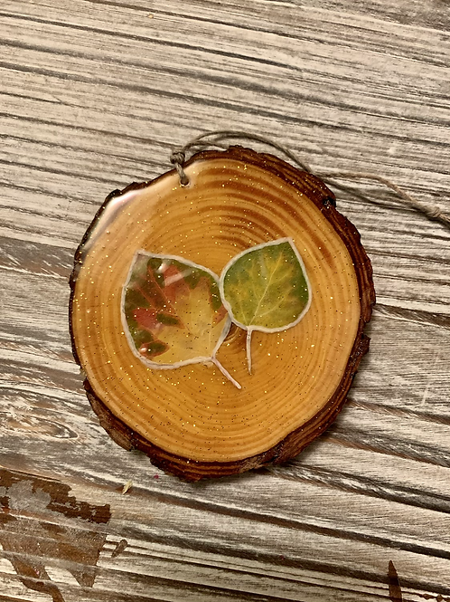 Resin Wood Slice Aspen Ornament