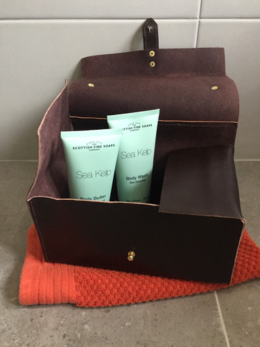 07d105f09780 ... Morgan + Wells Dopp kit mini - large leather toiletries storage