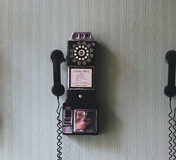 Photo of an old fashioned telephone by Pavan Trikutam on Unsplash