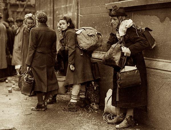 world war-refugees.jpg