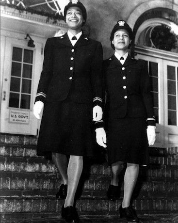 Lieutenant (jg) Harriet Ida Pickens andE