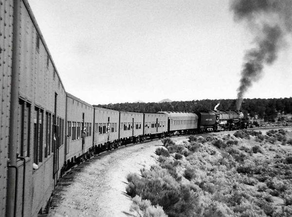 cool troop train~mv2.jpg