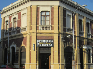 YUNGAY: LA PELUQUERÍA FRANCESA
