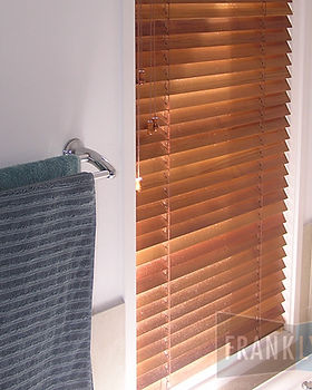 indoor-blinds-timber-venetian-franklyn-1