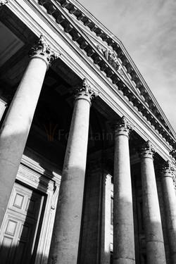 5 Cathédrale Saint-Pierre