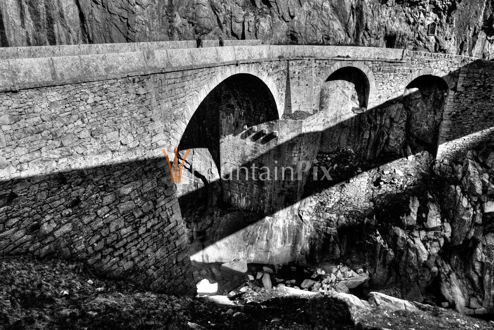 Alte Teufelsbrücke in der Schöllenen