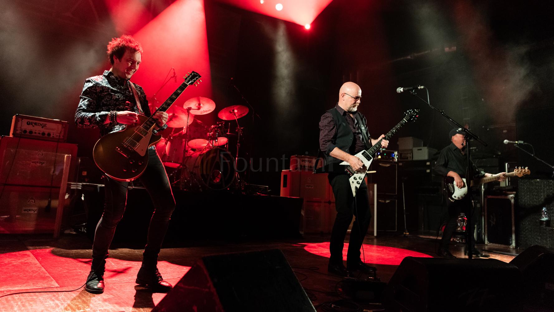 24 Wishbone Ash