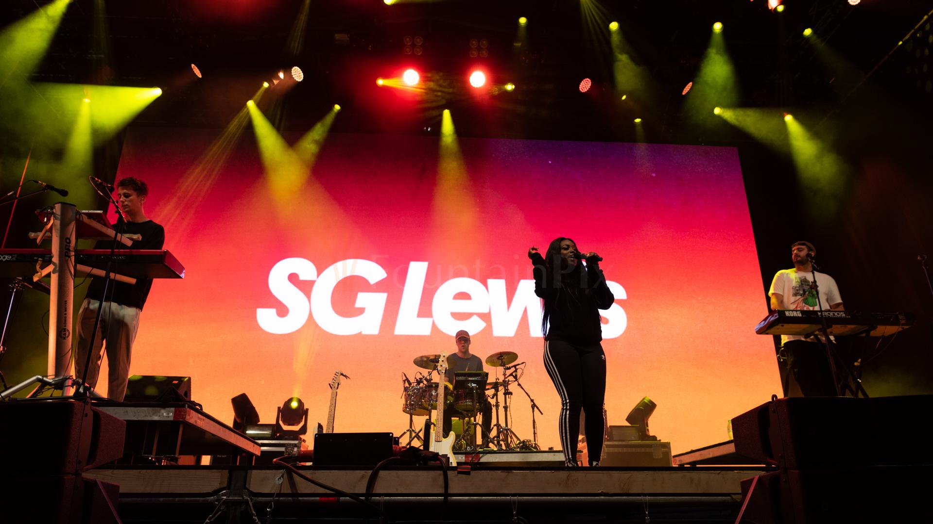 16 SG Lewis