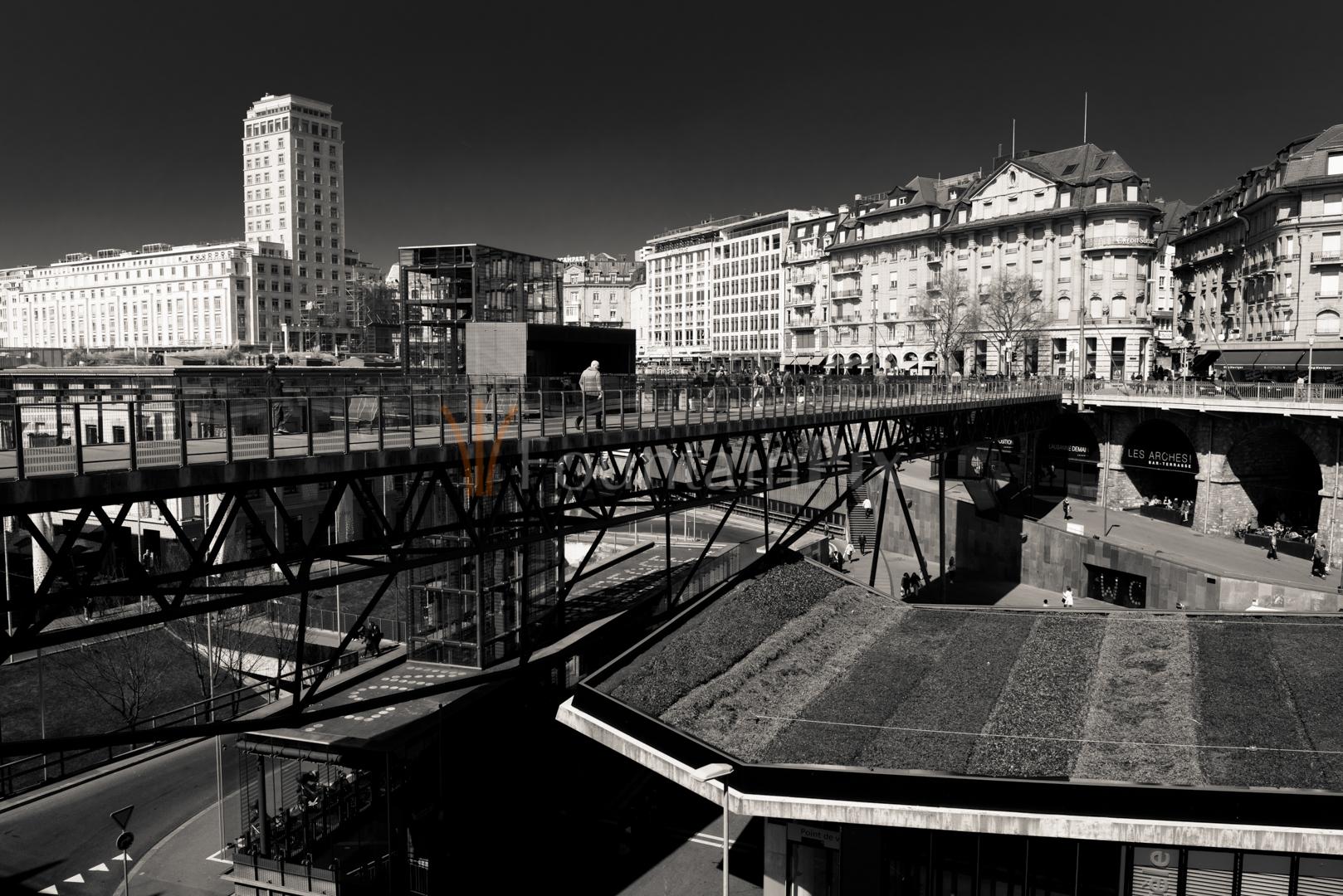 23 Passerelle du Grand Pont