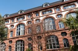 3 Universitätsbibliothek