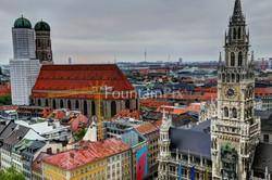 39: Frauenkirche und Rathausturm