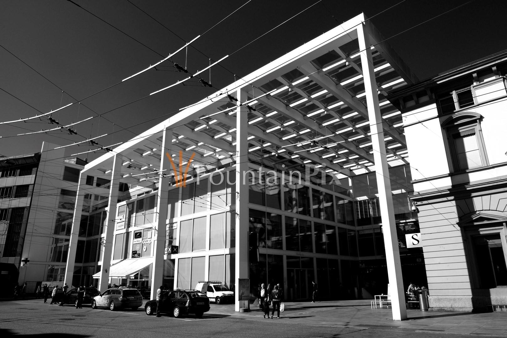 09: Bahnhofplatz