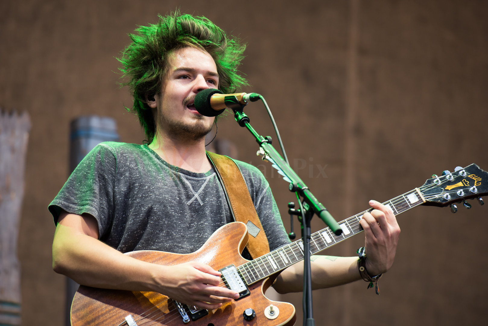 4 Milky Chance