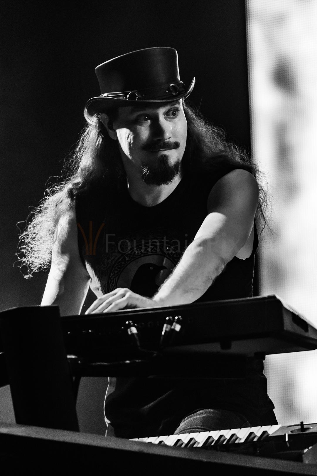 34 Tuomas Holopainen
