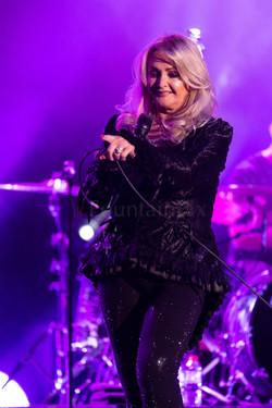6 Bonnie Tyler