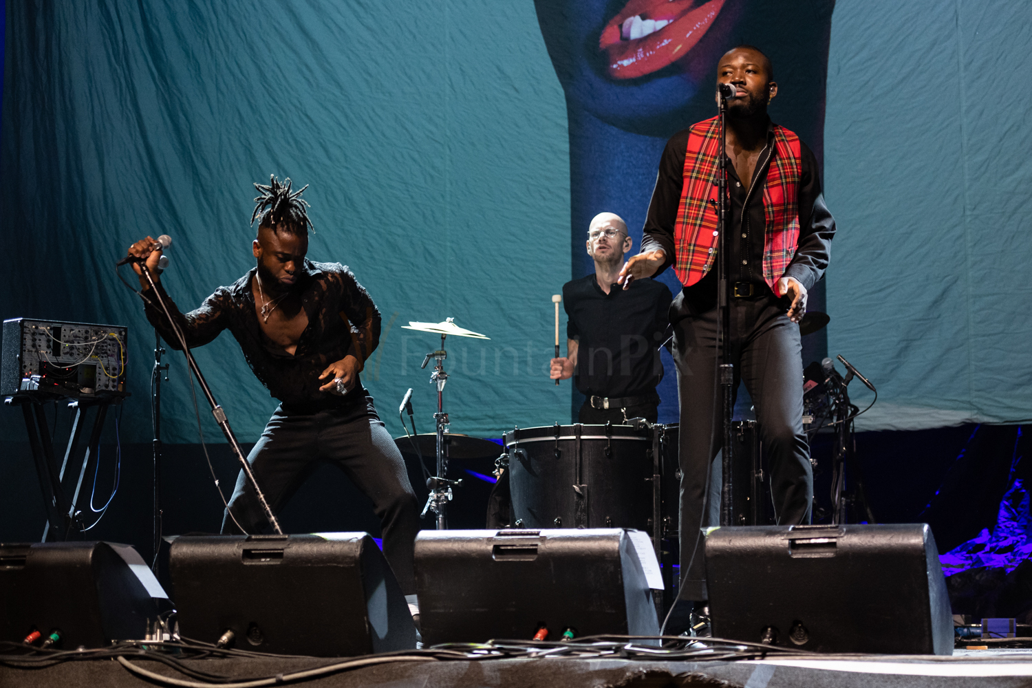 7 Young Fathers