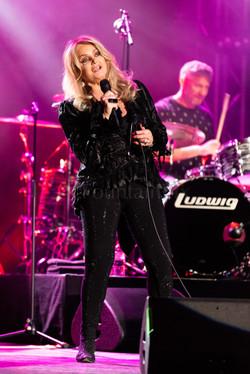 12 Bonnie Tyler