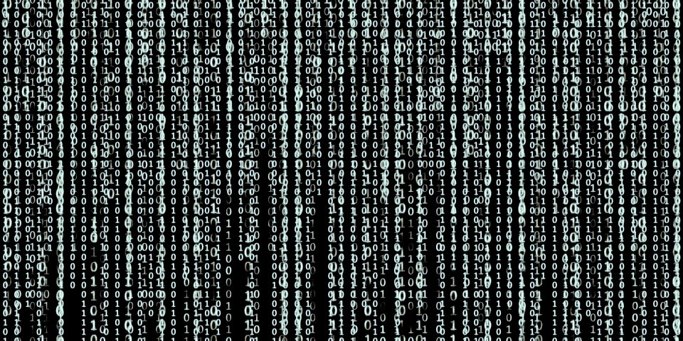 hacking2-2560x1280_edited.jpg