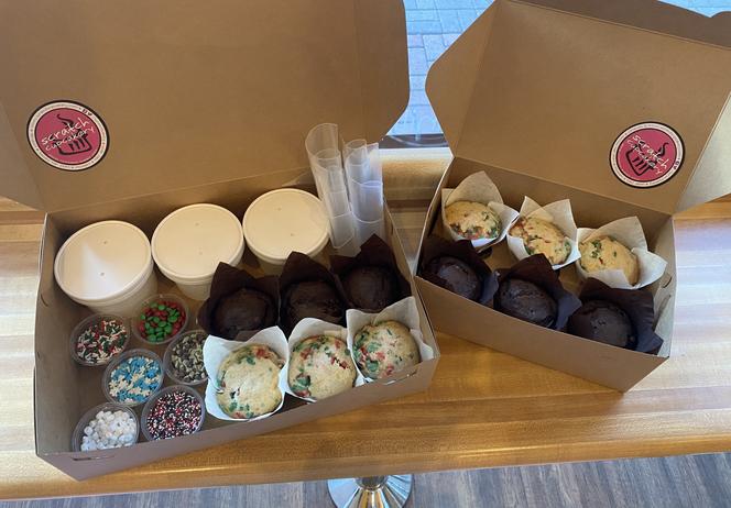 Holiday Kit Dozen Box ($24)
