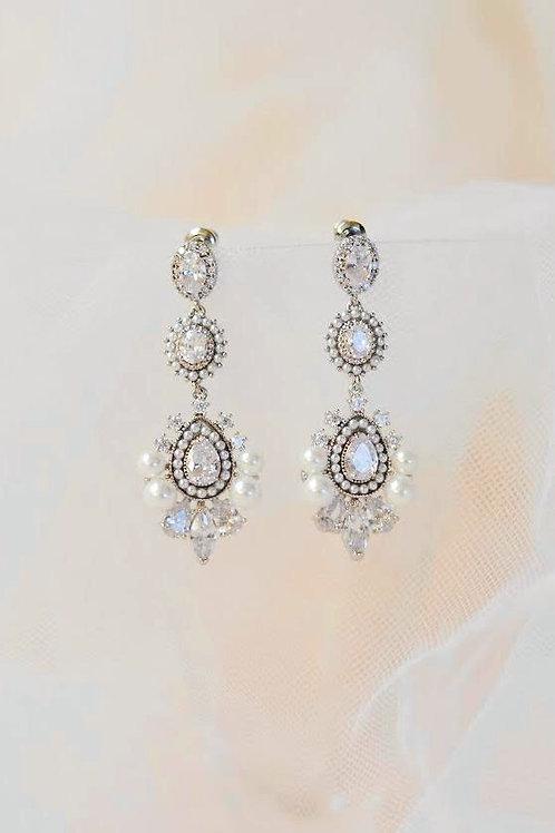 BELLA Exquisite Chandelier Bridal Earrings