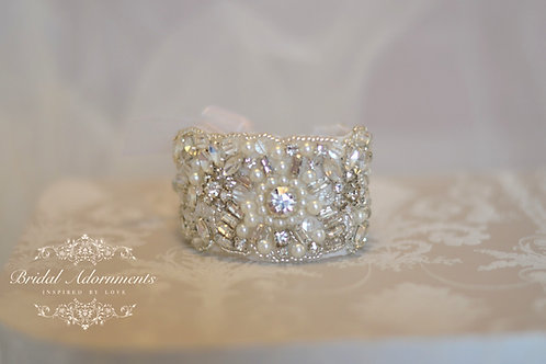 ELIZABETH Vintage Inspired Crystal Bridal Bracelet