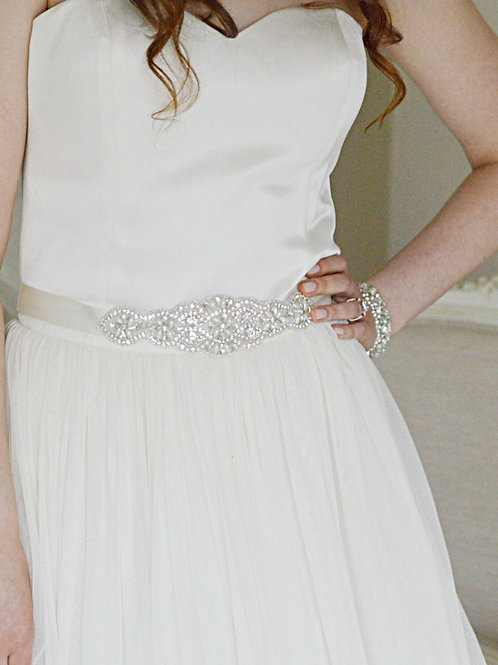 LOUISA  Vintage Pearl and Crystal Bridal Sash/Belt