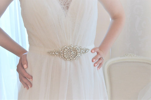 BELINDA Vintage Inspired Crystal Bridal Belt Wedding Dress Sash