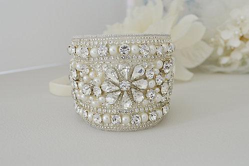 JANESSA Vintage Inspired Crystal and Pearl Bidal Cuff/Bracelet