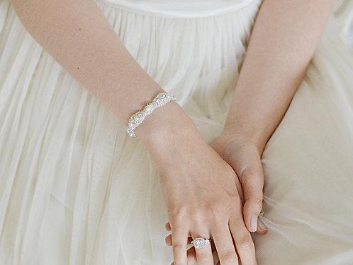 LYNETTE Pearl Vintage inspired Bridal Bracelet